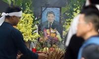 6h ngày 22/7, gia đình tổ chức lễ khâm liệm, lễ viếng ông Trần Bắc Hà tại nhà tang lễ bệnh viện Bạch Mai.