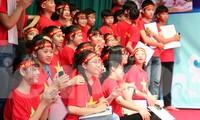 Các em học sinh ở huyện Gia Vĩnh, Ninh Bình tham gia cuộc thi
