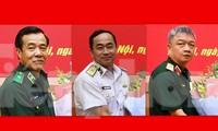 Từ trái qua, Thiếu tướng Lê Đức Thái, Chuẩn Đô đốc Trần Thanh Nghiêm và Thiếu tướng Nguyễn Quang Ngọc