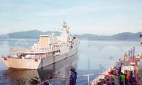 Tàu hộ vệ tên lửa 016-Quang Trung rời Quân cảng Cam Ranh đi dự Army Games. Ảnh: Vùng 4 Hải quân