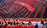 Tổ Quốc Việt Nam là nơi sinh viên ở nước ngoài luôn hướng về.