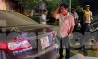 Trưởng Ban Nội chính Thái Bình và chiếc xe gây tai nạn - Ảnh: Hoàng Long
