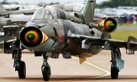 Quốc gia nào đang dùng máy bay Su-22 giống Việt Nam?