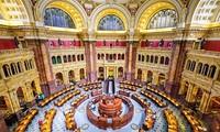 Thư viện Quốc hội ở thủ đô Washington DC, Mỹ được thành lập từ năm 1800 và chứa đựng hơn 160 triệu đầu sách và tài liệu trong những giá sách có tổng cộng chiều dài lên tới… 1.350km.