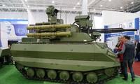 Dàn vũ khí cực mạnh trên robot chiến đấu của Nga