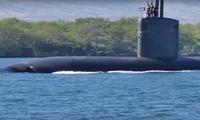 Tàu ngầm tấn công nhanh lớp Los Angeles USS Santa Fe của hải quân Mỹ.