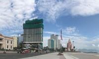 Các dự án condotel đang xây dựng rầm rộ ở TP Nha Trang, tỉnh Khánh Hòa.