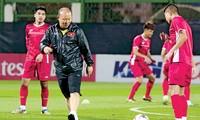 Thầy trò HLV Park Hang Seo tập luyện trước thềm Asian Cup 2019.