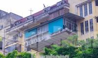 Thanh tra xây dựng 'tuyên bố chịu thua' nạn 'chuồng cọp' bao phủ chung cư?
