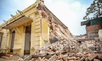 Công trình Trạm phát sóng Bạch Mai bất ngờ bị phá dỡ