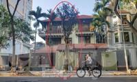 Yêu cầu chủ biệt thự đô thị mẫu chặt cây, lát vỉa hè sai quy hoạch trả lại nguyên trạng