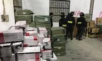 """Hàng loạt cán bộ hải quan ở Quảng Ninh bị đình chỉ chức vụ sau vụ bắt """"cả gia đình"""" buôn lậu."""