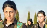 Các nữ binh thuộc lực lượng Các đơn vị bảo vệ nhân dân người Kurd (YPG)