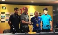 Ông Park Hang Seo muốn U23 Việt Nam cải thiện lối chơi khi gặp U23 Thái Lan ngày 15/12.