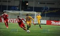 U23 Úc (vàng) đang dẫn đầu bảng D sau trận thắng 3-1 U23 Syria.