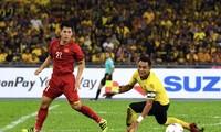 Tuyển Việt Nam vuột chiến thắng trước Malaysia ở trận chung kết lượt đi AFF Cup 2018.