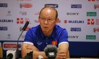 HLV Park Hang Seo ở buổi họp báo sau trận đấu. Ảnh: Như Ý