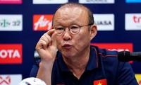 HLV Park Hang Seo là số ít nhà cầm quân nước ngoài nắm quyền lực rất lớn trên cương vị HLV trưởng đội tuyển Việt Nam.