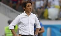 HLV Nishino Akira của Thái Lan cho rằng trung vệ Bùi Tiến Dũng đã câu giờ ở trận đấu của Việt Nam với Thái Lan hôm 5/9.