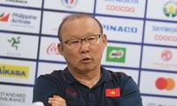 Loại Thái Lan khỏi SEA Games, ông Park báo tin vui về Quang Hải