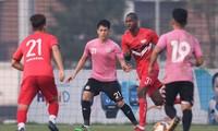 Hàng thủ CLB Hà Nội sẽ chắc chắn hơn với sự trở lại của Đình Trọng.