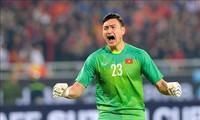 Ông Park Hang Seo có thể mất Đặng Văn Lâm nếu Muangthong United không chịu nhả quân ở AFF Cup 2020.