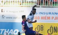 Sài Gòn FC giành được 1 điểm quý giá trên sân Pleiku trước HAGL. Ảnh: Hữu Phạm
