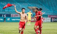 Chiến thắng 1-0 trước Hồng Lĩnh Hà Tĩnh đưa Viettel trở lại vị trí dẫn đầu V-League.