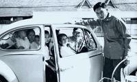 Ông Trần Văn Lai tự lái xe đón gia đình sau giải phóng