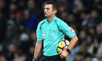 Tiết lộ giật mình về trọng tài bắt chính derby Manchester