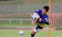 HLV Park Hang-seo gọi Phí Minh Long trở lại U23 Việt Nam