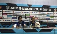 HLV Park Hang Seo trong buổi họp báo sau trận đấu.