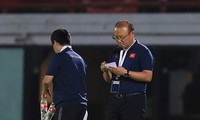 Hạ Indonesia, thầy Park tính kế thắng Thái Lan và UAE