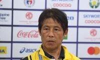 Báo chí 'quây' HLV Nishino sau khi Thái Lan bị loại khỏi SEA Games 30