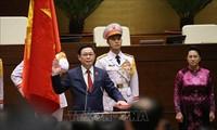 Hình ảnh tân Chủ tịch Quốc hội Vương Đình Huệ tuyên thệ nhậm chức
