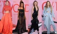 Jennifer Lopez khoe cơ bụng săn chắc tuổi 49, Bella Hadid 'thả rông' vòng một