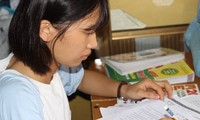 Nữ sinh dang dở kỳ thi về chịu tang cha mắc ung thư gan