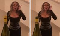 Mariah Carey dùng giọng hát bật tung nắp chai gây sửng sốt