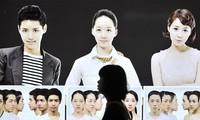 Bắt đầu đời sinh viên, giới trẻ Hàn 'dao kéo', sinh viên các nước làm gì?