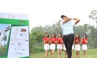 Golfer Bảo Long phát bóng khai mạc Tiền Phong Golf Championship 2019