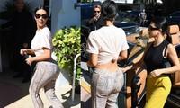 Kim buộc áo, mặc quần ôm khoe 'siêu vòng ba' cùng chị gái 'thả rông' xuống phố