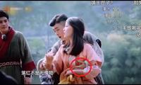 Sao nữ Trung Quốc bị nam đồng nghiệp sàm sỡ vòng một ngay trước ống kính