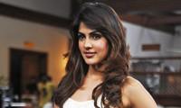 Mỹ nhân Bollywood bị bắt sau khi bạn trai tự tử
