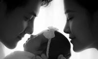 Đông Nhi tung ảnh cận mặt con gái, chia sẻ xúc động vào kỷ niệm ngày cưới