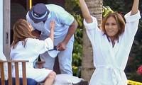 Jennifer Lopez và bồ trẻ ôm hôn tình tứ đập tan tin đồn hủy hôn