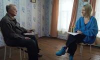 Ksenia Sobchak phỏng vấn riêng tên tội phạm vừa mãn hạn tù Viktor Mokhov.