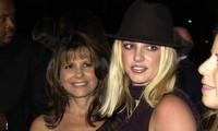 Mẹ ruột tiết lộ Britney Spears 'sợ hãi và thù hận' cha