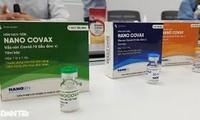 Tiêm nâng liều vắc xin ngừa COVID-19 cho 3 người thử nghiệm đầu tiên