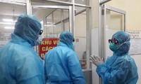 Việt Nam thêm 2 ca mắc mới COVID-19, Thứ trưởng Bộ Y tế thị sát chống dịch tại Quảng Ninh