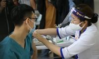 Bộ Y tế cấm thu tiền, nhận tiền bồi dưỡng khi tiêm vắc-xin COVID